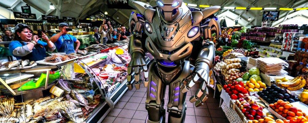L'ipermercato Amazon con tanti robot e solo 6 umani